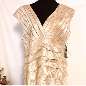 NWT Adrianna Papell Gold Cocktail Dress 18